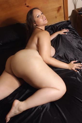 Nudist ??? http://t.co/PGYwOgyOtj http://t.co/NoSvA588Pg