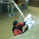 RT @BDUTT: Seven-day-old infant saved by army in a boat rescue. An image of heartwarming hope in the midst of despair #JKFloods