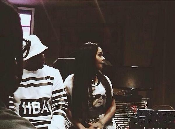 """@QueenBeeNation: @LilKim & @iamdiddy in the studio last night #hardcoremixtape ‼️ http://t.co/pWuUdtCRoQ"""