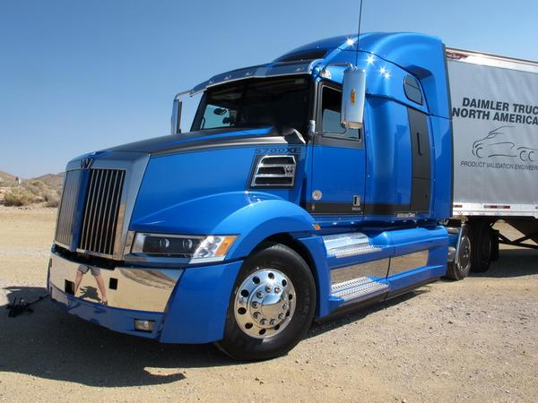 Western Star has unveiled its new 5700XE aerodynamic tractor to reduce drag and increase efficiency. http://t.co/Home1XCSoH