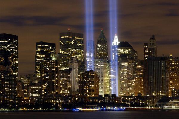 Please take a moment today to remember the heroes and victims of September 11, 2001 #Remember911 http://t.co/EGhsZlqO80