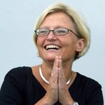 RT @SweMFA: Today we remember Anna Lindh, our Foreign Minister 1998-2003. Let her spirit inspire us all! http://t.co/2iEcdfvYGp