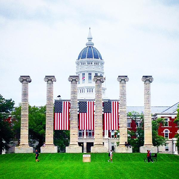 #Mizzou remembers the 2,977 lives lost on this day in 2001. Thank you to all who protect us every day. #NeverForget http://t.co/uacWI0bNal