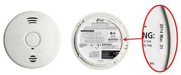 #recall: Kidde recalls residential smoke alarms and combination smoke/CO alarms http://t.co/FG3ZhLnFUS #safety http://t.co/PXIpVuFSQu