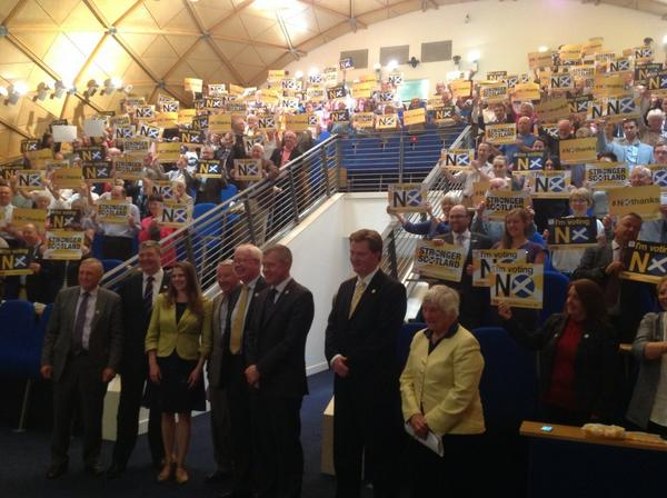 Rousing end to #LibDemNo rally in Edinburgh with a call to action from @willie_rennie. 1 week to go! http://t.co/A9ZzukiPBC