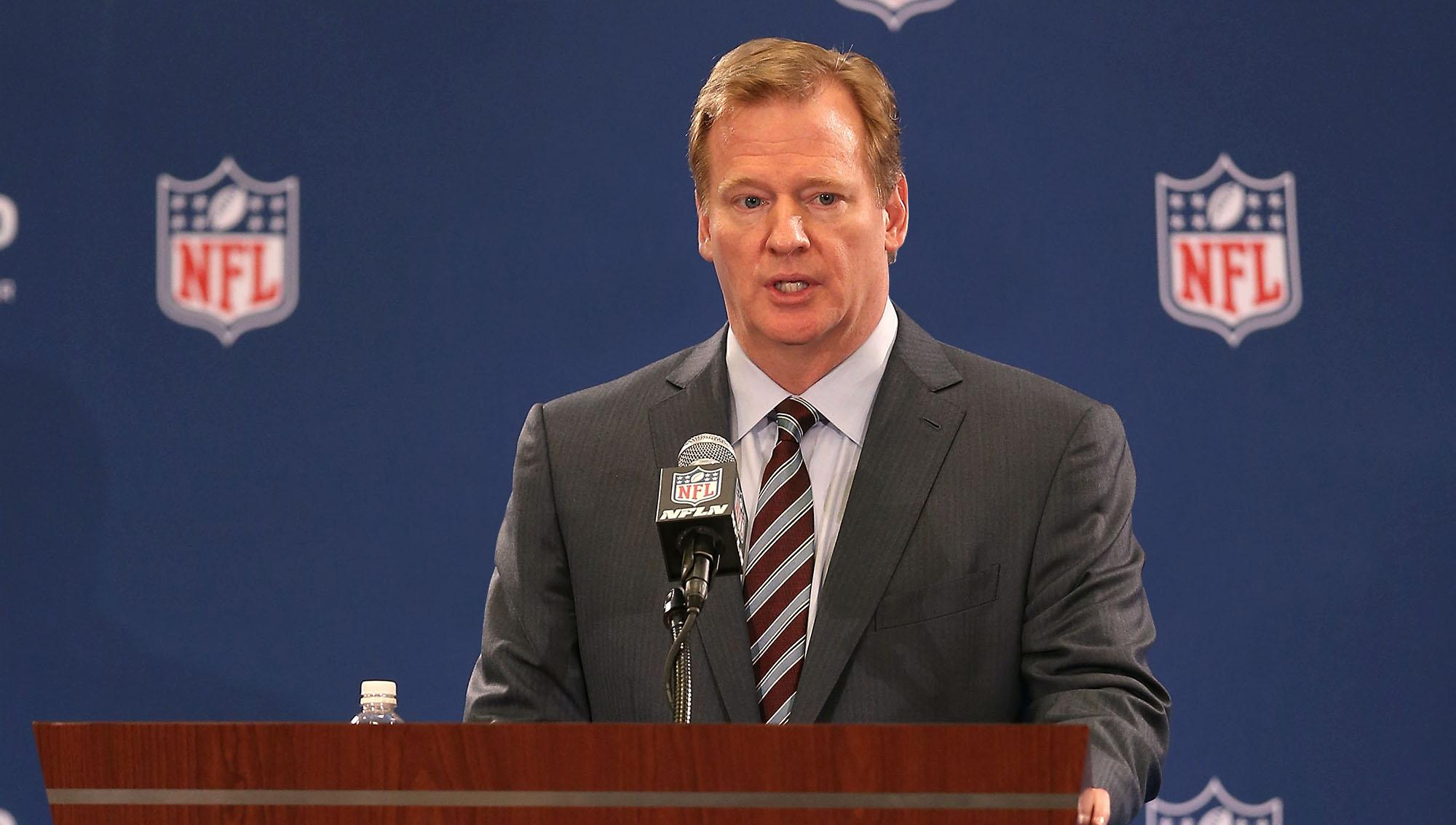 RT @TheOnion: Goodell Assures Fans He Was Too Busy Dismissing Other Players? Assaults To Watch Ray Rice Tape http://t.co/mVdPWgFqxd http://?