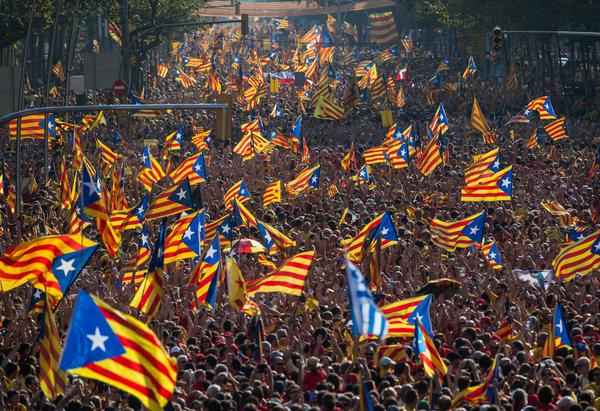 Thousands Rally for Catalan Independence in Barcelona #catalansvote9n http://t.co/bxovQqchyD via @GettyImages http://t.co/xXIuZCyADc