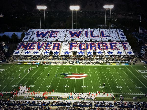 Beautiful tribute to #Sept11 victims at #HOUvsBYU game. http://t.co/Tp0Suo9yHL