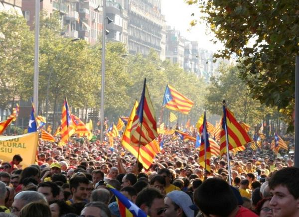 Catalan independence referendum demonstration: in pictures http://t.co/MA8KSM0S9Z #11s2014 #Diada2014 http://t.co/jEy6ZwwQAs