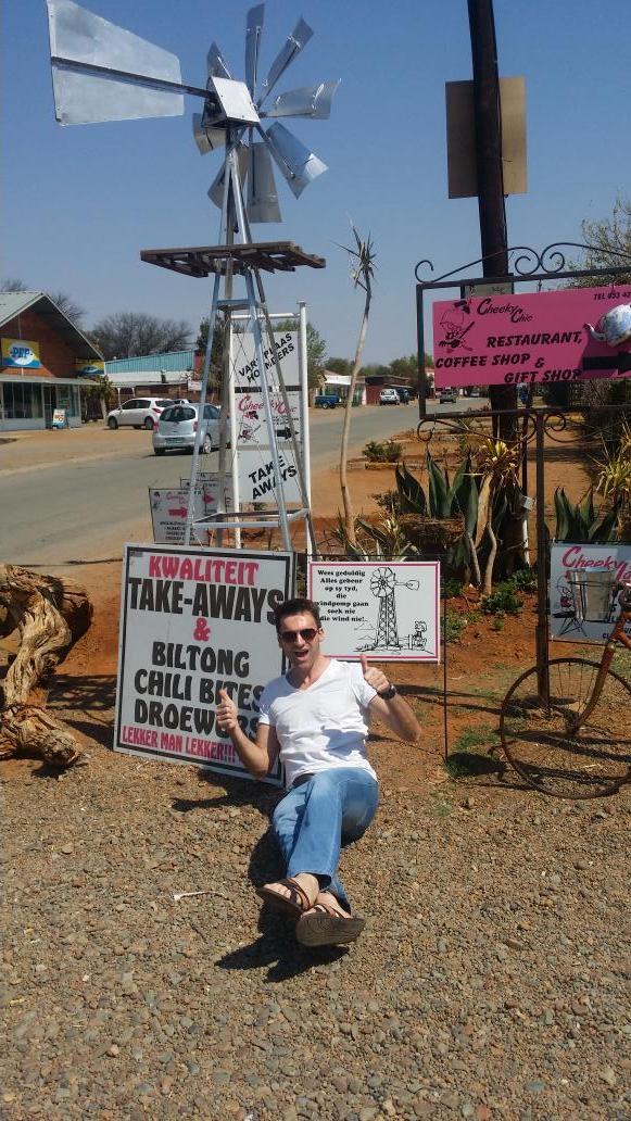 Dit is hoekom ek die Platteland so lief het! Platteland lovers retweet as julle saamstem! #trotssuidafrikaans http://t.co/n2ons6JnOJ
