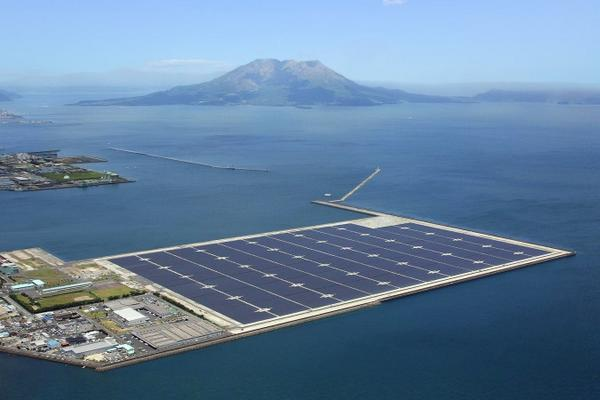 Japan will soon have the world's largest floating solar power plant: http://t.co/o3WXQPiDFm #cleanrevolution #CWNYC http://t.co/MH0KXAb2vB