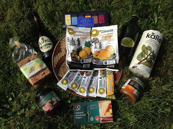 Competition time! Like & share to win ultimate #organic night-in snack basket! Winner chosen on 19/09, UK only :) http://t.co/MrWcm4rejM