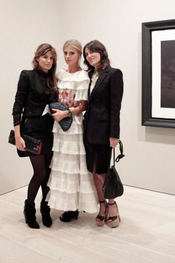 About last night. Women I love @jemima_khan @BellaFreudLDN . (Chanel fever, in all senses). http://t.co/MF1lbX0YJn