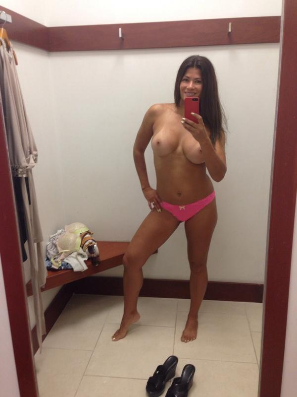 About to try on some dresses! http://t.co/BgvUlopw9S