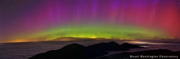 The #NorthernLights are lighting up the night sky across N. America. Pic from @MWObservatory. http://t.co/FruWjFFXuv