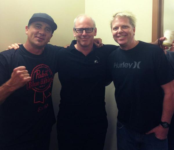 End of Summer Nationals tour. Time for us singers to hit the books @offspring @pennywise http://t.co/fdC23bx6zw