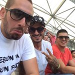 RT @BengousOueske: En didi du vélodrome avec les freros @yahiaoui_ahmed @habibmel13 allez lom #allezLom #OMSRFC #OnVaTeLesRuiné ❤️????⚪️❤️ http://t.co/bCijSrmB1Y