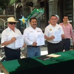 RT @moralesbarud: @CuernavacaGob y Club Rotario #Cuernavaca firmamos Convenio para realizar jornadas en todas las delegaciones del mpio http://t.co/agRdOck7ES