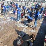 RT @AOtgonbaatar: Зөвхөн ХААИС-н оюутнууд үүнийг хийж чаддаг.Бусад нь дээр нь шүлсээ хаядаг.ХААИС-н оюутнууд Чингисийн тайлбайг угаасан http://t.co/3oPKcGldhJ