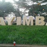 RT @daronenock: @theroyalagee @bugingosharon @HiRolla1 @joeljjemba @pkahill in reggae mood #Bayimba2014 http://t.co/sh6XVMRPmE