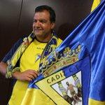 RT @lavozdigital: Arévalo toma el timón de la Federación de Peñas http://t.co/clwuX5Pn8w @Cadiz_CF http://t.co/bxMDzmEg1x