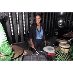 .@rosariodawson marches to the beat of her own drums at the huge @replay party  #mfw #replaythestage #replayjeans http://t.co/vA1BcLlwSA