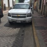 #GDL:  Camioneta oficial de @MauricioGudinoC se estacionó en zona prohibida, ¿#MovilidadJalisco? https://t.co/HnwiZGpHv1 vía @Omar_Comunica