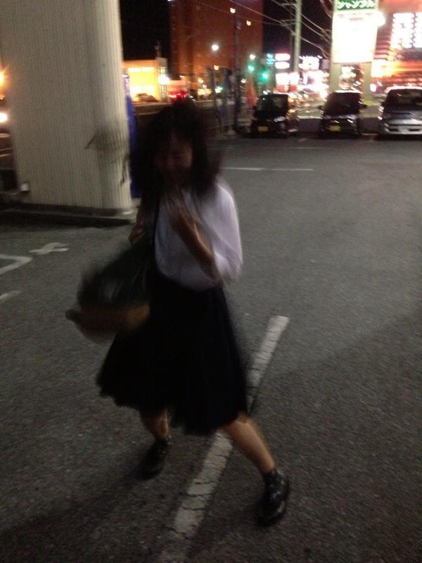 ようかい体操を華麗に踊るかの氏 http://t.co/uxeCpVCJGJ
