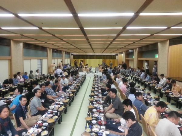 【MC合宿】宴会無事終了です!写真は開始前のものです。ビンゴ大会とクイズ大会で盛り上がりました! #モンコレ http://t.co/VmjxBE5bK3