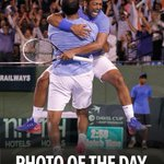 RT @DavisCup: Our photo of the day from Saturday - a jubilant @Leander Paes leaping into @rohanbopanna's arms #INDSRB #DavisCup