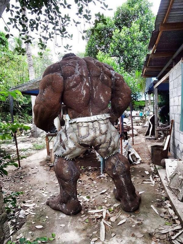 Made from scrap metal #hulk @Marvel @AdriCowan @AgentM @gregpak @mikedeodato @JoeCaramagna @clarkgregg @DanSlott http://t.co/jaa8O1Iscg