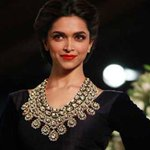 RT @ScreenIndia: Yes, I'm a woman & I've cleavage, do you have any problem, asks angry @deepikapadukone  Read: http://t.co/KaliUZ8MQZ http:…