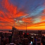 RT @NYCityAlerts: Tonights #NYC sunset from the top of Rockefeller Center. Via @AnthonyQuintano http://t.co/IcydNRMZaJ