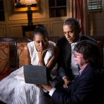 RT @ObamaNews: Photo: President Barack Obama and First Lady Michelle Obama talk with Ken Burns as part of... http://t.co/HpExtuImhU http://t.co/ojWlYiVENY