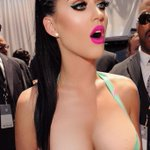 Katy Perry 🙌🙌 http://t.co/j0vibGLgcE