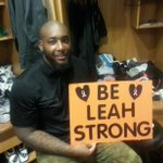 RT @Bengals: We have the best fans! @Dev_Still71 after the game with a fan made sign. Help sack cancer: http://t.co/kOuwYDKmCN http://t.co/cLoSIW4NDq