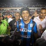 "RT @Univ_Deportes: Político mexicano llama ""simio"" a Ronaldinho; habrá sanción http://t.co/TLD3SwGOnN http://t.co/1xAxPL2psT"