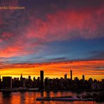 Dazzling #sunset sky tonight in #NYC. http://t.co/m64mqEq2lB