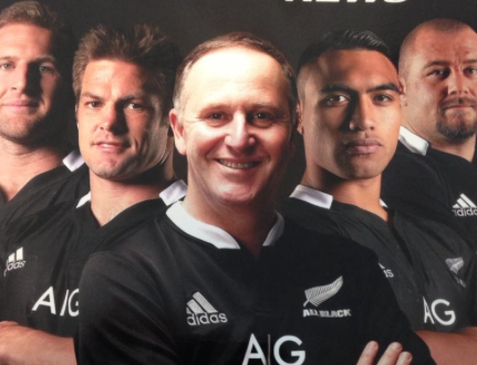 I don't care how many bloody 'Pulitzers' he's won, you don't come to New Zealand and DISRESPECT AN ALL BLACK!! http://t.co/fz0J6bx03X