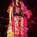 .@liladowns canta en español, inglés, mixteco zapoteco, maya, purépecha y náhuatl. #Puebla #FiestasPatrias http://t.co/SLKWJD21fx