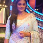 RT @PriyaManiWeb: [Unseen Pictures] 2/9  @priyamani6  on the sets of #D4Dance:- http://t.co/FOVj7ibElW