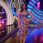 RT @PriyaManiWeb: [Unseen Pictures] 3/9  @priyamani6  on the sets of #D4Dance:-) http://t.co/SIl2h0VFcP