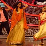 RT @PriyaManiWeb: [Unseen Pictures] 5/9  @priyamani6 Dancing with @99Neerav  on the sets of #D4Dance..Dola re Dola re ;-) http://t.co/i7TI2…