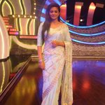 RT @PriyaManiWeb: [Unseen Pictures] 7/9  @priyamani6  on the sets of #D4Dance:-) http://t.co/jqiZWQBP1r