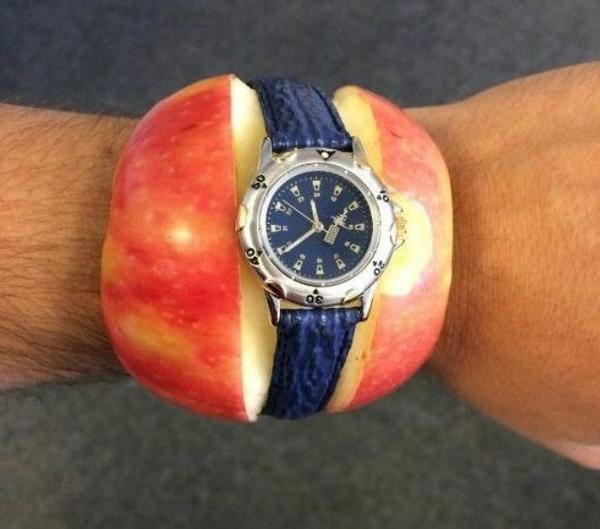 I got an Apple Watch, it's awesome!!!☛ http://t.co/KlIndDNI3r