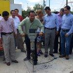"@rangellfederico y @gobernador_mam inician programa de ""Construcción de 500 Rampas"". http://t.co/MR779l51zh"