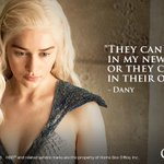 """RT @GameOfThrones: """"He will explain the choice they have before them."""" - Daenerys #GameOfThrones http://t.co/khqvPWGVAY"""