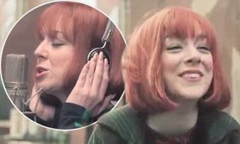 Don't forget 9.00pm tonight @ITV #Cilla starring the wonderful @Sheridansmith1 http://t.co/vtIHBMQAtJ don't miss this http://t.co/HM6A9c0N8V