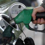 RT @Le_Figaro: Une hausse de 4 centimes sur le gazole est envisagé pour 2015 (2€ de plus pour un plein à 50€) http://t.co/5bja8nkCJH http://t.co/tEmesOpWNI