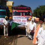 "RT @AKOnlineSena: RT""@prakhar_AAP: AAP punjab convener flag off a truck to send medicine clothes for Kashmir flood victims relief http://t.co/qzKwzvKLZq"""